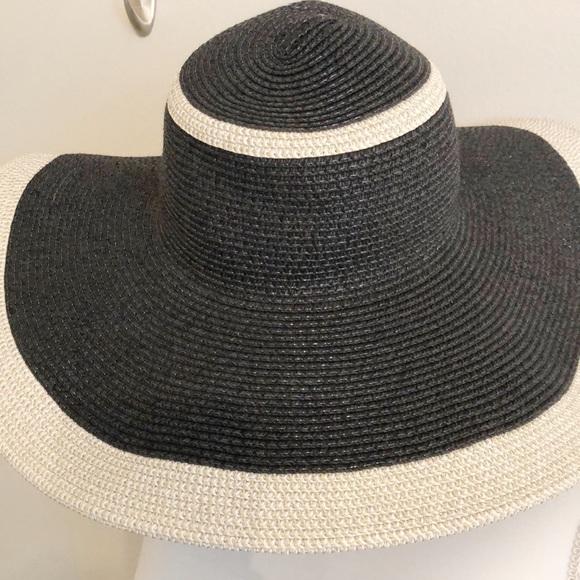 b71dae29ffe Magid Hats Accessories - Floppy Sun hat in black cream 100% paper